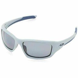 Oakley Sports Sunglasses W/Gray Polarized Lens